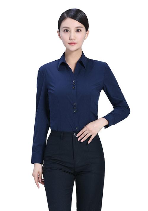 藏蓝V领时尚衬衫