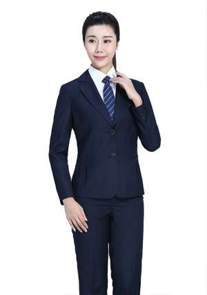 蓝色条纹职业装