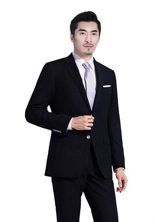 男士应该如何穿着工作服才合身
